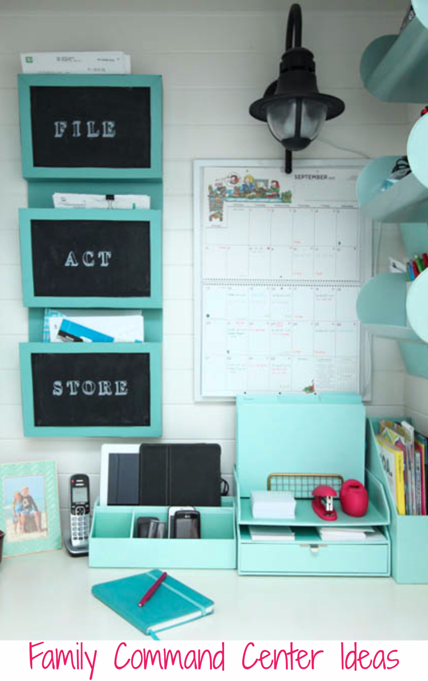 DIY organization tips - organize your family's schedule and LIFE with these DIY command center ideas and tips