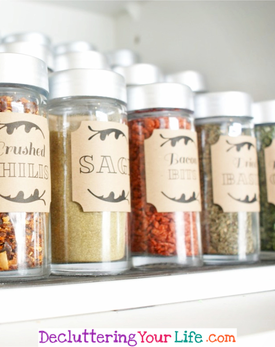 Dollar Store Organization ideas - organize your spice cabinets with these dollar tree organization hacks