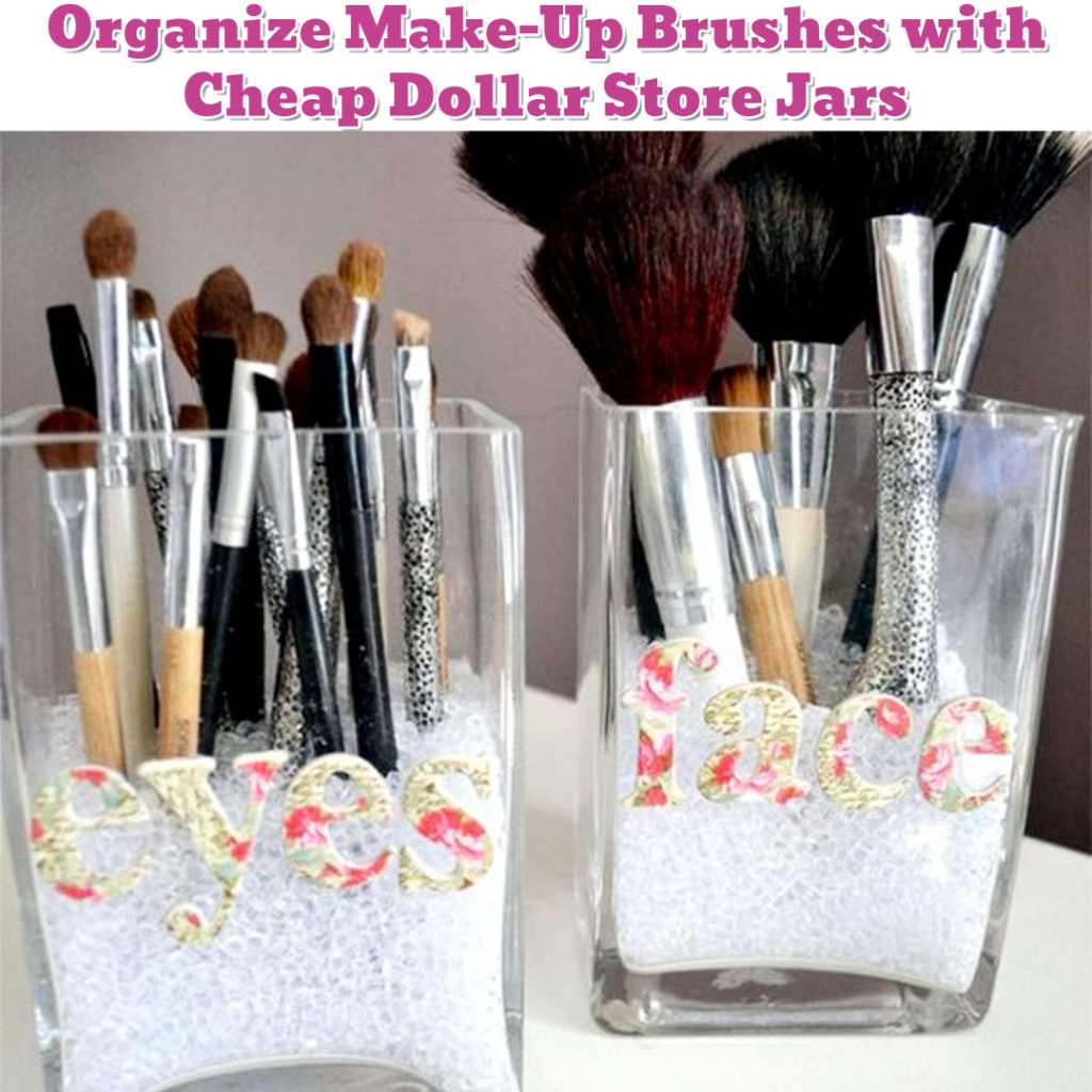 Make-Up Brush Organization Idea - Getting Organized - 50+ Easy DIY organization Ideas To Help Get Organized #getorganized #gettingorganized #organizationideasforthehome #diyhomedecor #organizingideas #cleaninghacks #lifehacks #diyideas