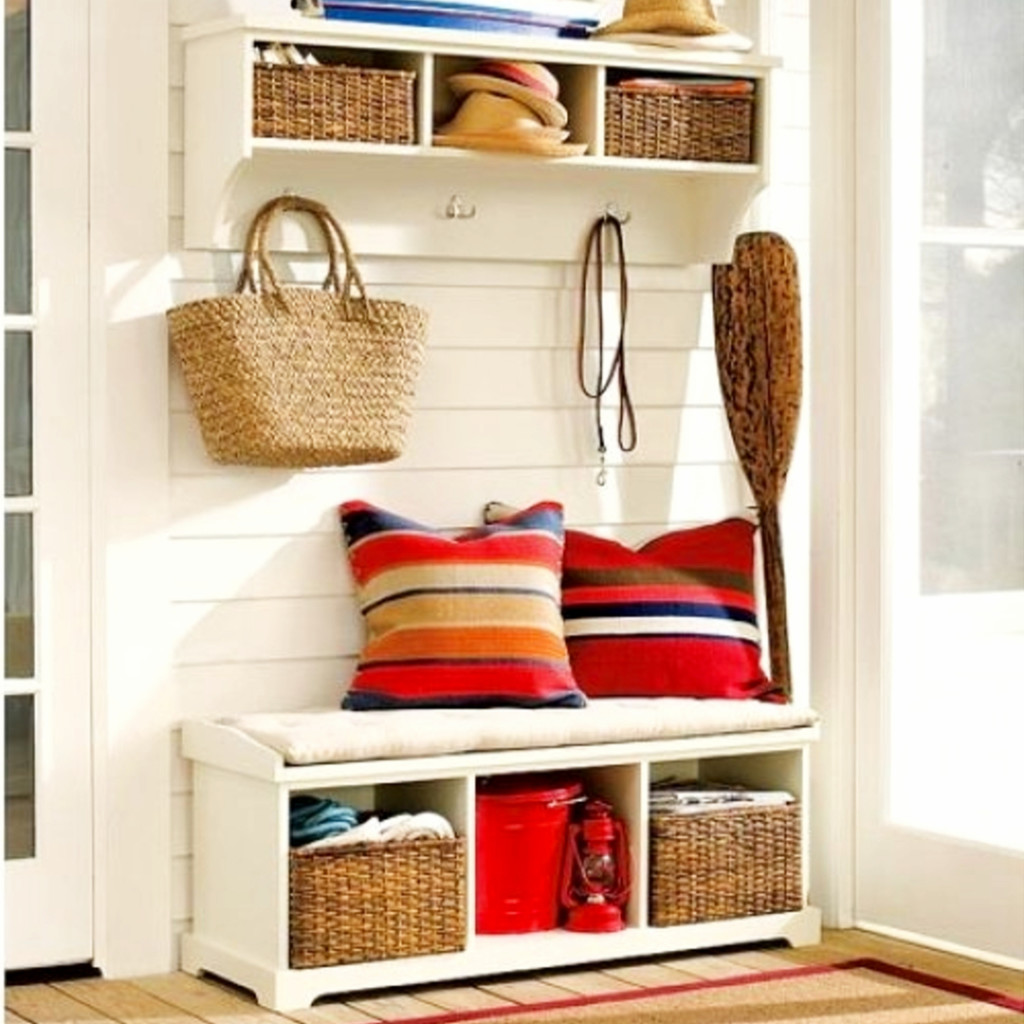 Small space storage hacks #organizationideasforthehome #getorganized #lifehacks #storagesolutions #organizationideas #smallspaces #organizingtips