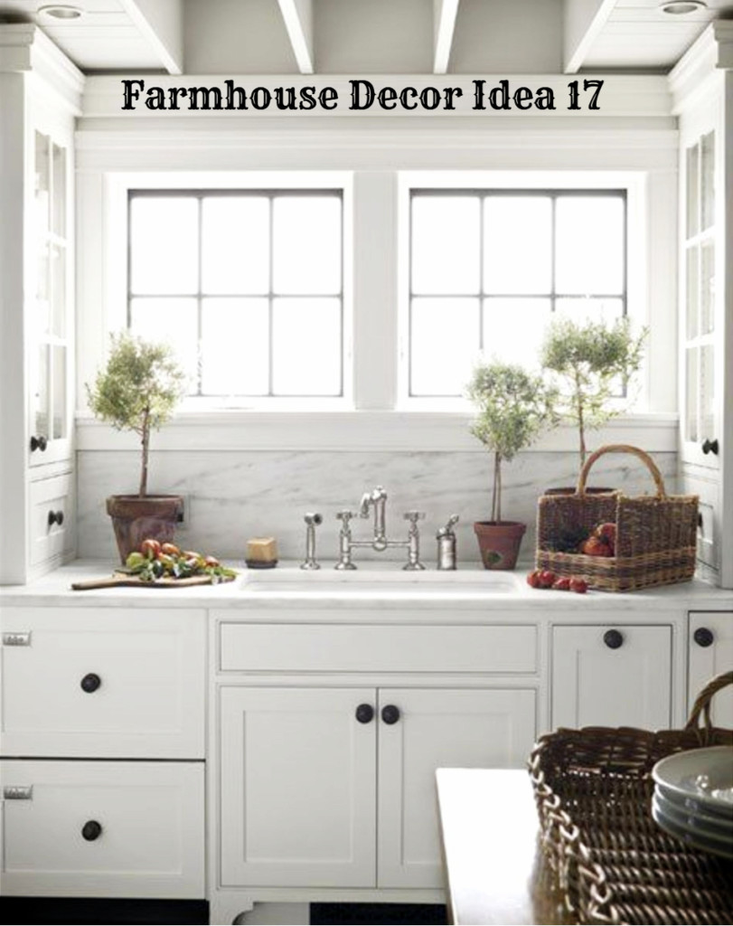 Small cottage farmhouse country kitchen - love how white and bright it is - Clutter-free Farmhouse Decor Ideas #farmhousedecorating #rusticfarmhouse #diydecor #homedecorideas #diyhomedecor #farmhousestyle #farmhousedecorideas #decoratingideas #kitchenideas #livingroomideas #bedroomideas #bathroomideas #laundryroomideas