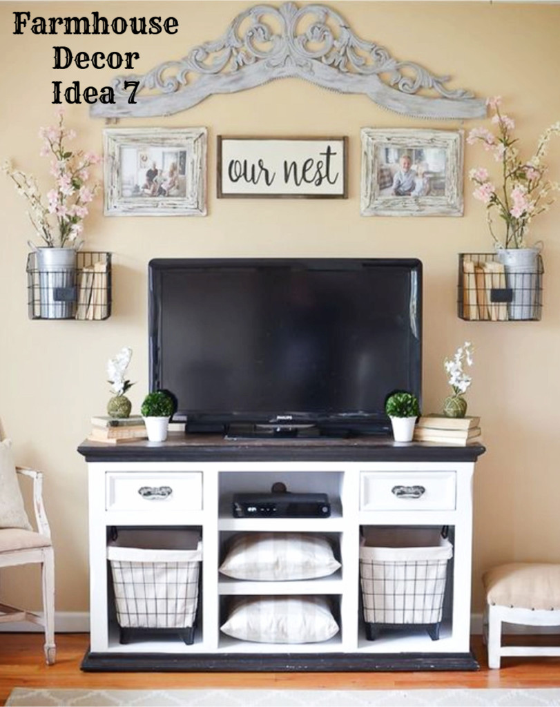 Farmhouse style entertainment cabinet for the living room - love the gallery wall above the tv and that rustic cabinet with baskets is gorgeous - Clutter-free Farmhouse Decor Ideas #farmhousedecorating #rusticfarmhouse #diydecor #homedecorideas #diyhomedecor #farmhousestyle #farmhousedecorideas #decoratingideas #kitchenideas #livingroomideas #bedroomideas #bathroomideas #laundryroomideas