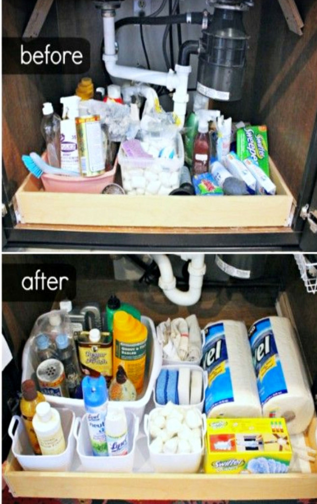 Organize under the kitchen sink - before and after pictures and under sink organizing ideas #gettingorganized #organizationideasforthehome #getorganized #cleaninghacks #kitchenideas #cleaningtricks #organizedhome #diyideas #diyinspiration #organizingtips