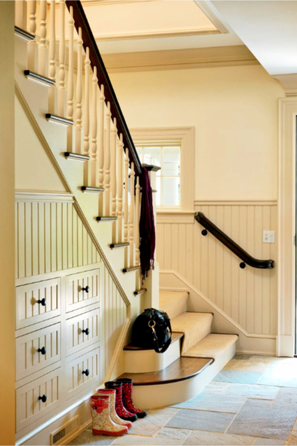 Under stair storage ideas - drawers and storage spaces under stairs