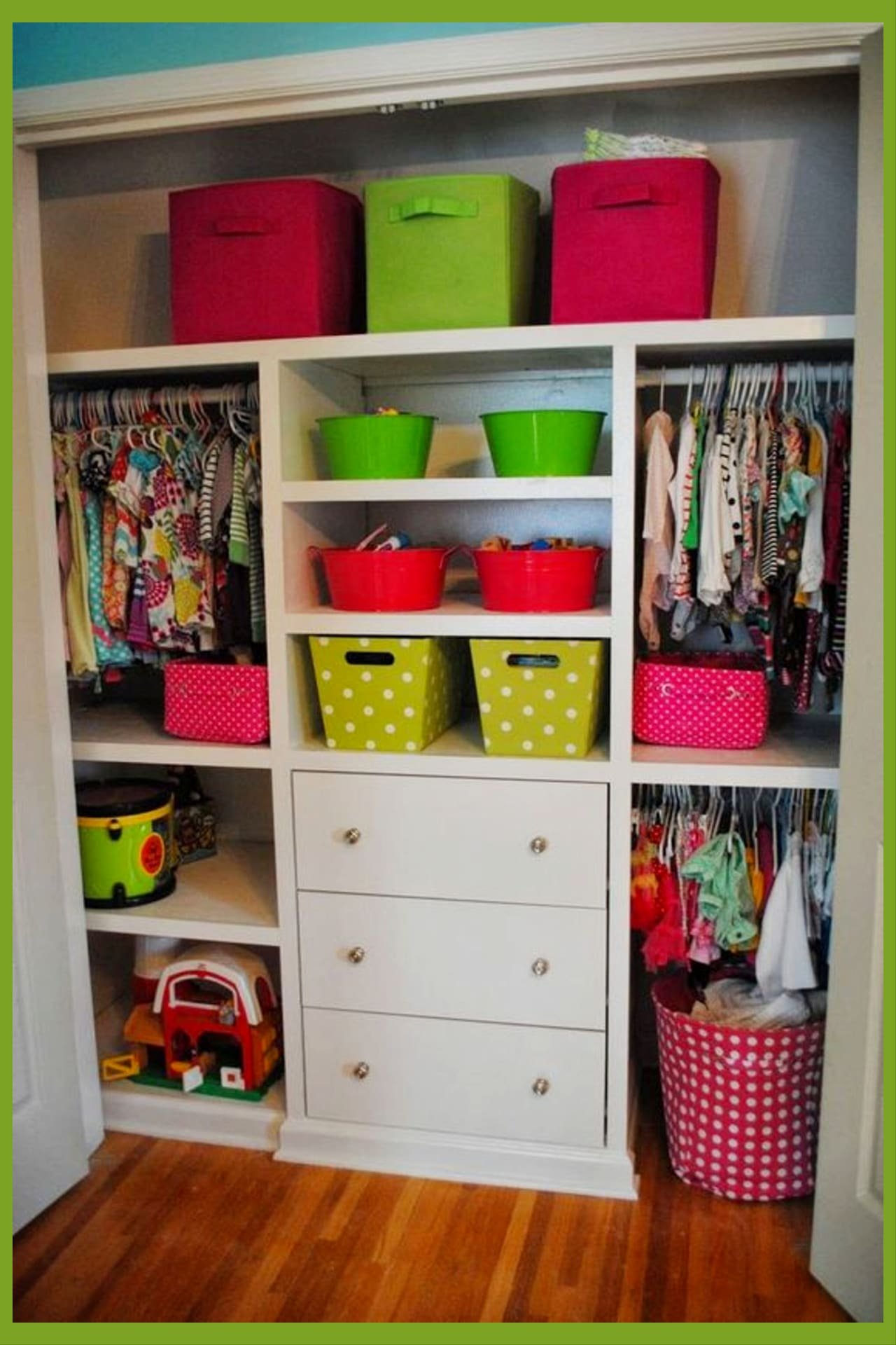Baby nursery closet organization ideas and baby clothes organization ideas - super smart organization ideas for the home even if you're on a budget