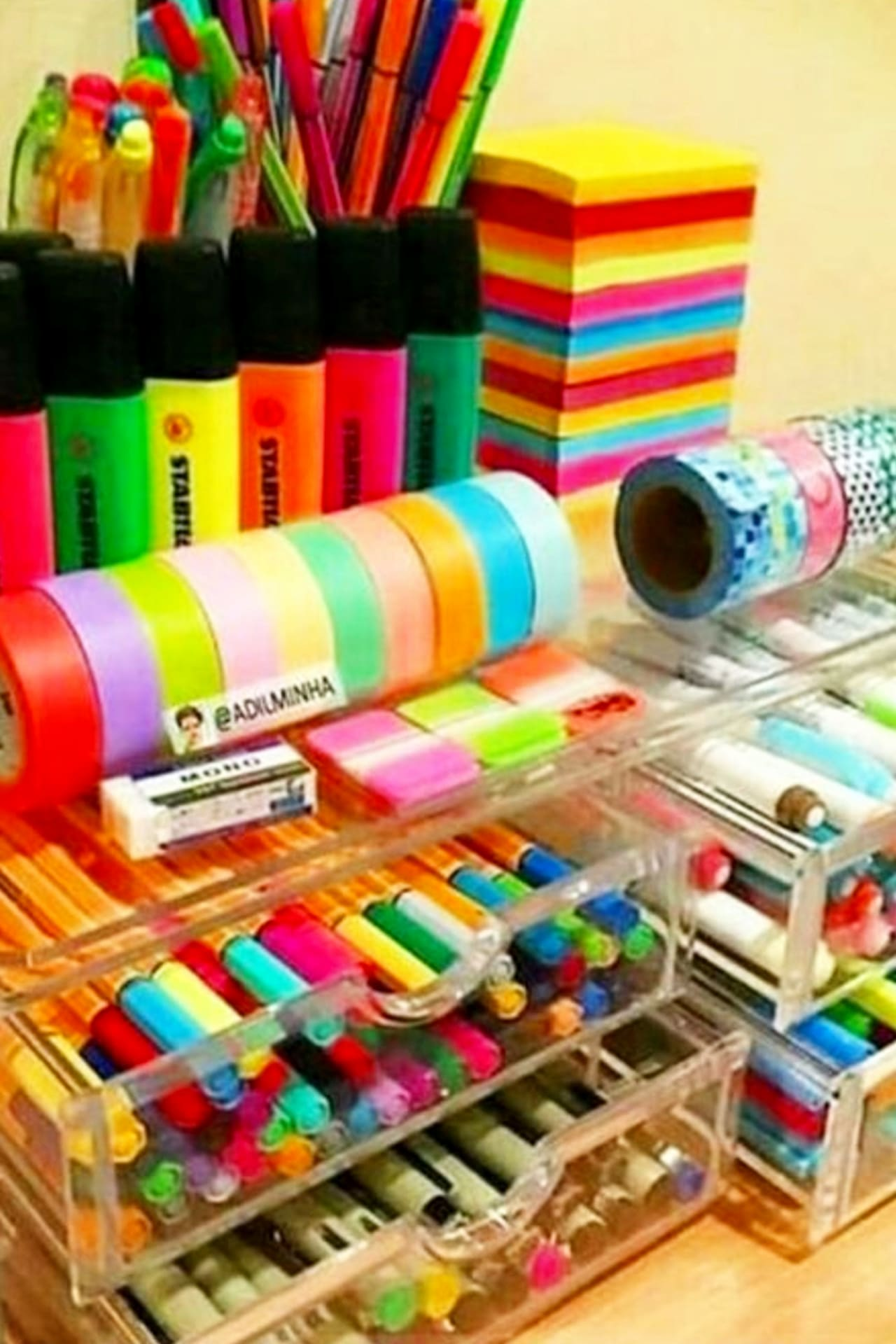 Craft room organization on a budget - cheap craft room ideas using dollar stores organizers to organize craft supplies