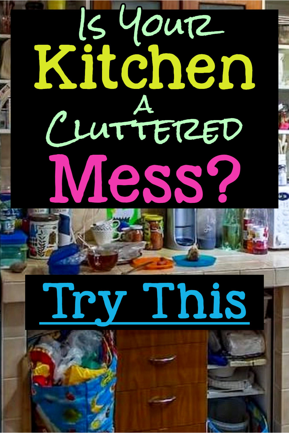 Cluttered house? Messy cluttered kitchen?  Try these kitchen decluttering ideas, cleaning hacks and cleaning checklists to declutter your kitchen FAST!  Don't know where to START organizing your cluttered kitchen?  Try these ideas for organizing clutter in your kitchen for clutter free countertops.  Uncluttering your kitchen without feeling overwhelmed has never been so easy with these home organization hacks for your kitchen from professional organizers.